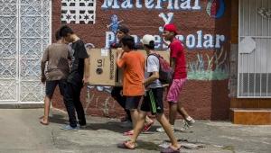 Presidente da Nicarágua revoga lei de reformas após protestos que deixaram 27 mortos