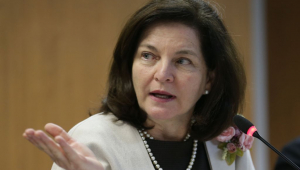 Dodge pede abertura de inquérito contra parlamentares do MDB, PT e PROS