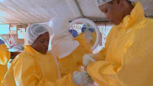 Pastor com ebola morre no Congo e aumenta temor sobre surto