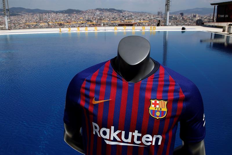 dc59208d7d EFE Alberto Estévez A camisa contará com dez listras em homenagem aos dez  distritos da cidade