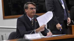 Bolsonaro protocola plano de Governo com liberalismo genérico