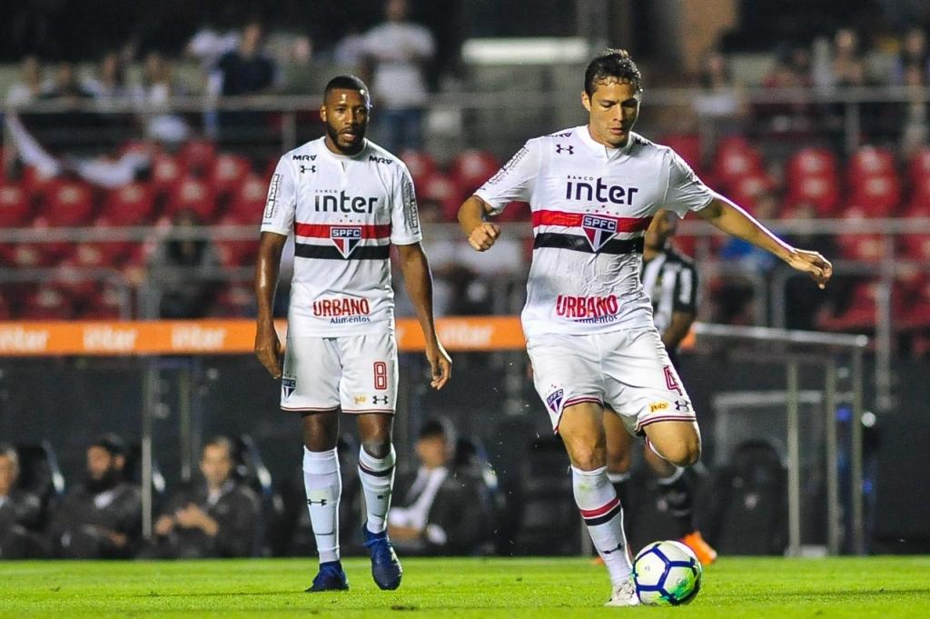São Paulo decide vaga com Rosario no Morumbi