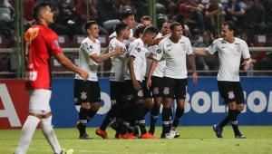 Corinthians precisa vencer e torcer contra 3 times para conseguir 2ª melhor campanha da Libertadores