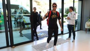 Neymar chega de helicóptero e se junta a Gabriel Jesus e mais 9 jogadores da Seleção Brasileira