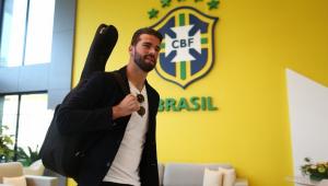 Goleiros Cássio e Alisson se juntam a grupo da Seleção Brasileira