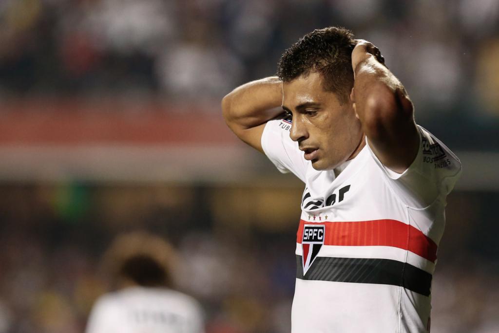 Exames apontam lesões: Diego Souza e Anderson Martins viram desfalques