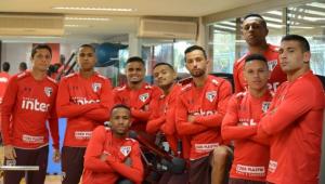 São Paulo se reapresenta após vitória em clássico e titulares realizam treino regenerativo