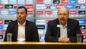 Presidente do Santos volta a defender Jair Ventura e promete reforços