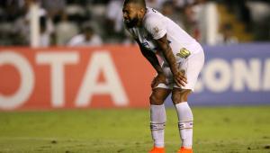 Santos empata com Garcilaso, mas garante liderança de grupo na Libertadores