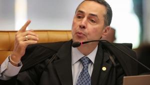 Após 4 votos por criminalização da homofobia, julgamento é suspenso no STF