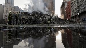 Autoridades erguem monumento ao cinismo sobre escombros em SP