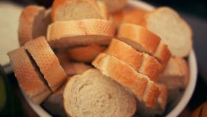 Alta do dólar pode afetar até o preço do pãozinho francês