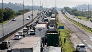Governo estuda novo modelo de concessão de rodovias, diz ministro