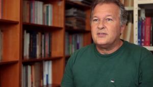 Secretário de Educação do Rio decide permanecer no cargo