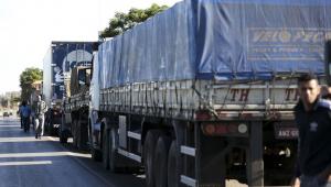 Greve dos caminhoneiros afeta preços de alimentos, circulação de ônibus e até aulas em escolas do Rio