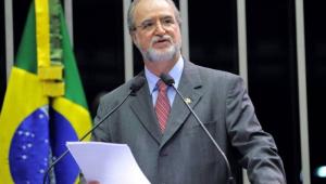 Eduardo Azeredo é considerado foragido pela Polícia Civil de Minas Gerais
