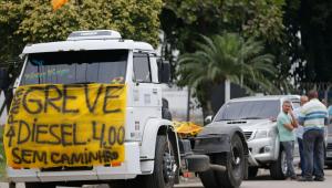 Saldo político e econômico da greve dos caminhoneiros é péssimo