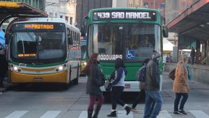 Sem combustível, transporte público de Porto Alegre vai parar no domingo