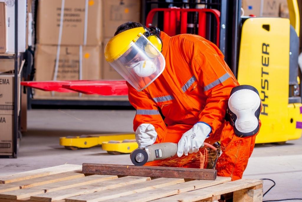 Confiança do empresário industrial fica estável em outubro, revela CNI