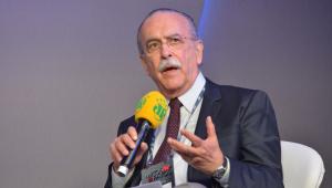 Ex-presidente do BNDES diz que PIB deve crescer 3% no 4º trimestre de 2020