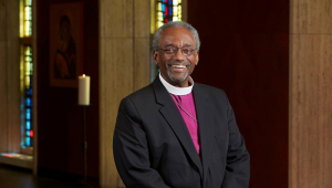 O amor pode mudar o mundo, diz pastor do casamento real
