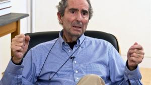 Escritor norte-americano Philip Roth morre aos 85 anos