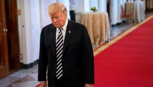 Governistas na Câmara dos EUA rejeitam primeira proposta de Trump para imigrantes