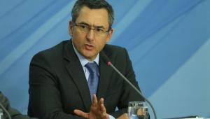 Governo propõe a Estados reduzir imposto para baixar preço do Diesel