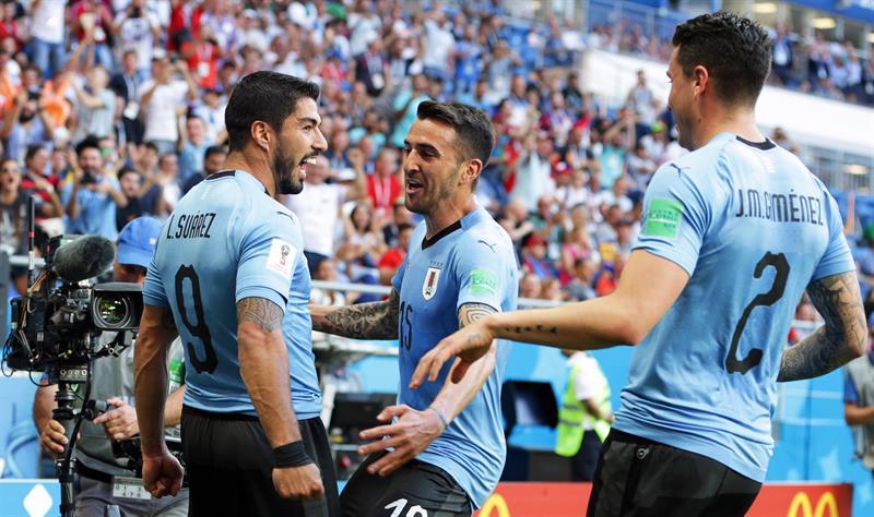 """Tabárez admite que Uruguai jogou mal e culpa calor """"insuportável"""""""