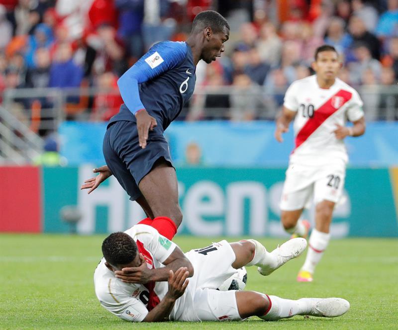França joga mal 37785911c555c