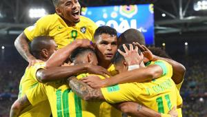 """Thiago Silva elogia postura e afirma que Seleção soube suportar pressão da Sérvia: """"isso é Copa"""""""