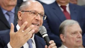 Alckmin fecha aliança com o PSD