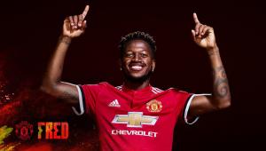Após fracasso na Copa, Fred vira reserva no Manchester United por questão defensiva