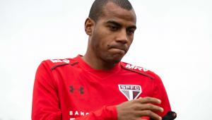 Por problemas pessoais, Régis tem contrato suspenso com São Paulo