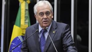 Senado aprova projeto que autoriza venda direta de etanol a postos