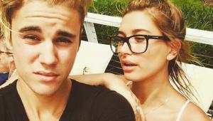 Hailey Baldwin desabafa sobre fãs de Bieber: 'As pessoas podem ser cruéis'
