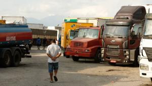 Deputados aprovam projeto que cria isenções fiscais para transportadoras