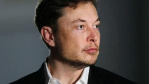 Musk chama mergulhador de pedófilo