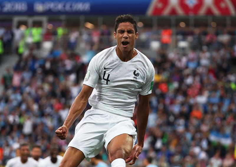 EFE Varane comemora gol da França contra Uruguai ca493764c04fb