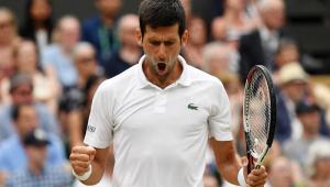 Em conclusão de jogo paralisado, Djokovic bate Nadal e vai à final de Wimbledon