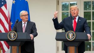 """Trump é mestre em fazer jogo do """"morde e assopra"""""""