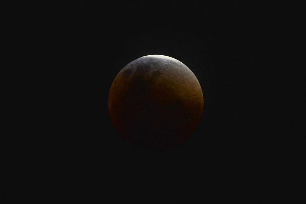 Eclipse lunar mais longo do século XXI poderá ser observado em 27 de julho