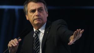 Bolsonaro segue à frente na disputa presidencial mesmo em cenário com Lula, aponta pesquisa