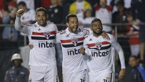 Com dois gols de Reinaldo, São Paulo bate Corinthians e acumula 4ª vitória seguida