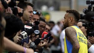 """""""Sou criticado por tudo. Essa encheção não é mais para mim"""", desabafa Neymar"""