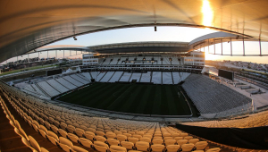 Corinthians quer renegociar contrato com a Caixa para encerrar pendência