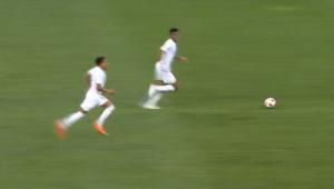 Ahn? Vídeo mostra que ingleses tentaram fazer gol durante comemoração da Croácia