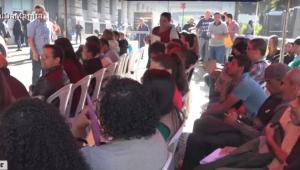 Mutirão do emprego reúne mais de 10 mil pessoas no centro de SP