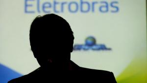 Fala de Bolsonaro sobre privatização faz ações da Eletrobras caírem 12%