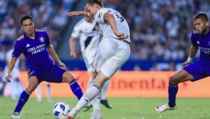 'Afiado', Ibrahimovic diz: 'Na MLS, sou uma Ferrari no meio das Fiats'